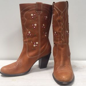 Seychelles cowgirl boot size 8